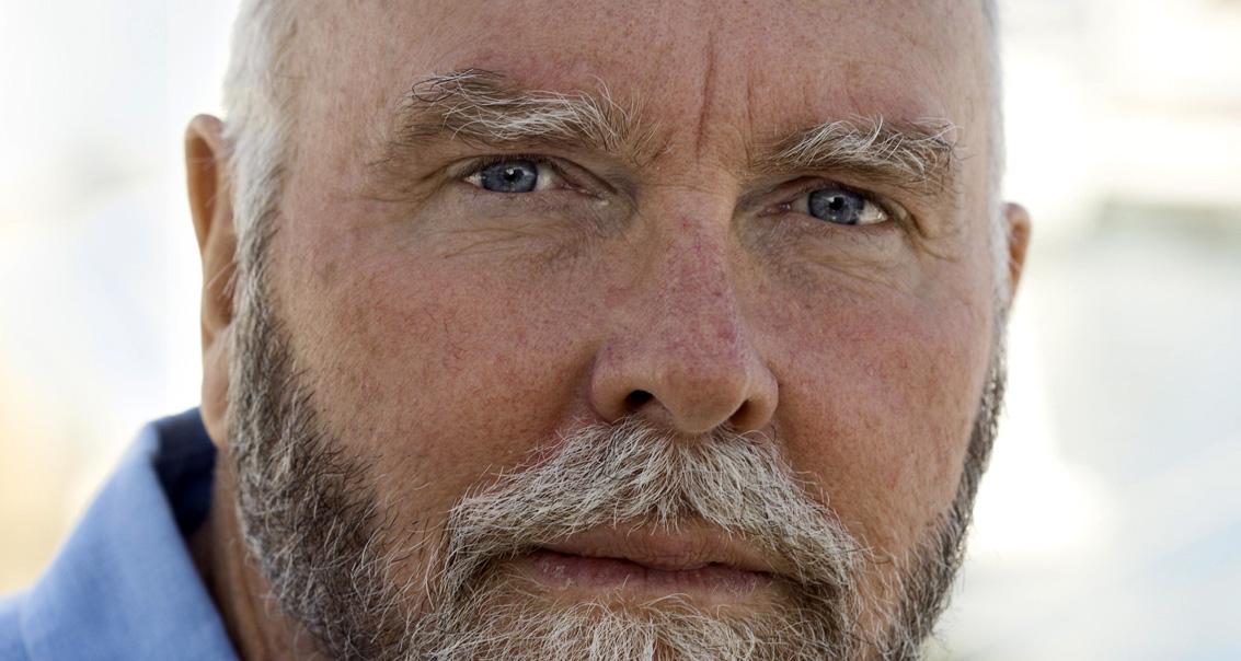 Craig Venter a la vie artificielle en point de mire